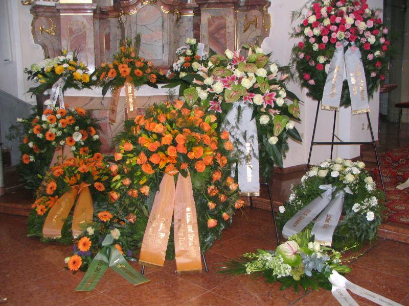 besuch einer beerdigung